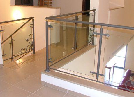 מעקה זכוכית דגם Z-1000-26, תמונה 1
