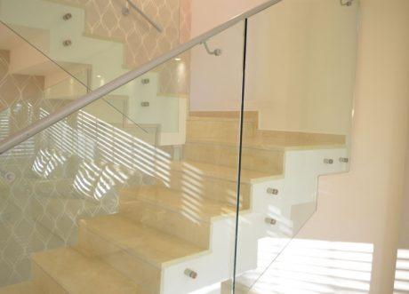 מעקה זכוכית דגם Z-1000-18, תמונה 3