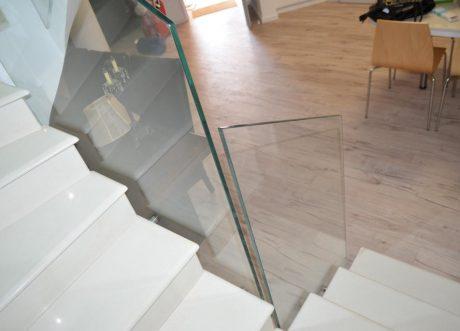 מעקה זכוכית דגם Z-1000-13, תמונה 1